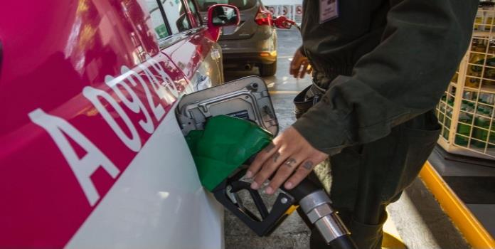 Pemex reporta abasto normal de gasolinas y diesel en todo el país