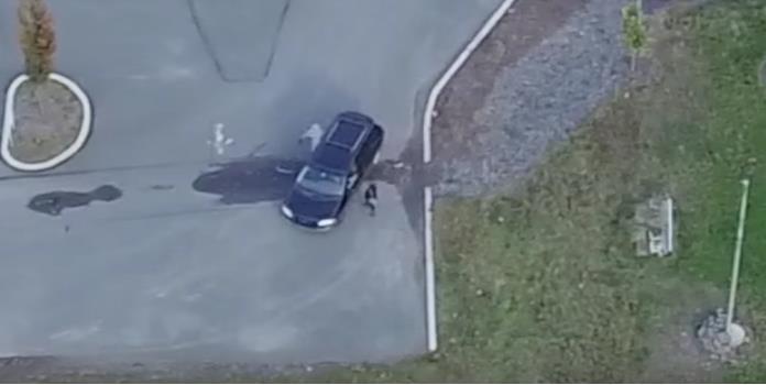 Sigue a su esposa con un drone y descubre infidelidad (VIDEO)