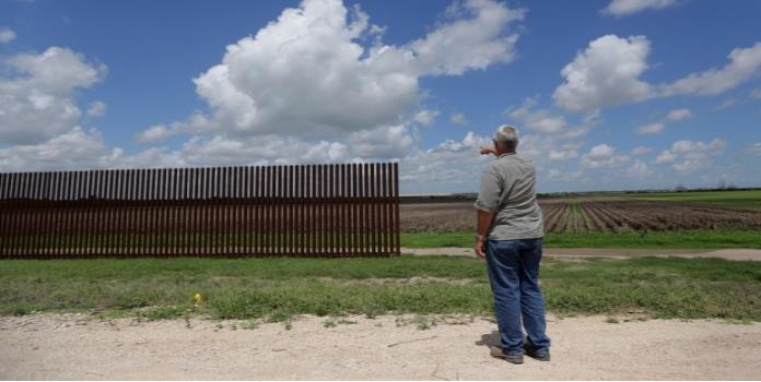 Secretario de EU plantea construir muro en lado mexicano de la frontera