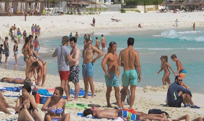 México registra cifras récord en turismo nacional e internacional