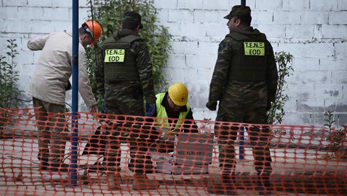 Evacuan a más de 70 mil personas en Grecia para retirar bomba de la II Guerra Mundial