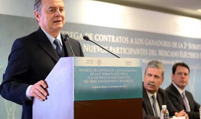 México anuncia inversiones por 6,600 mdd en energía verde