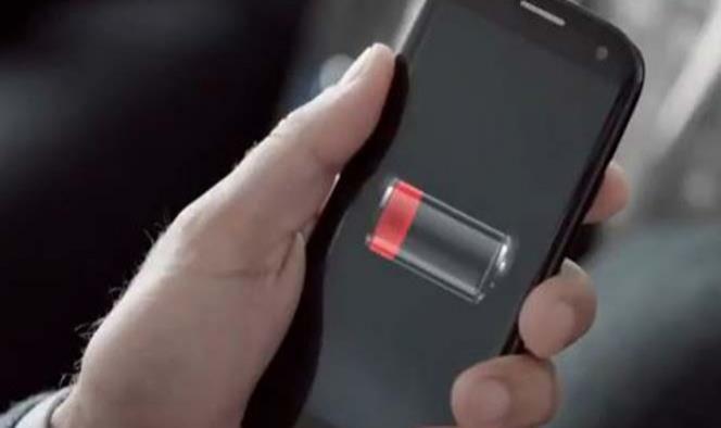 ¿Tu celular se descarga rápido? Sigue estos consejos