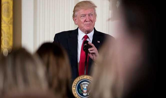 Trump plantea cambios 'moderados' al TLCAN: The Wall Street Journal