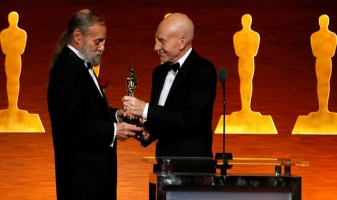 Entregan Oscar técnico al mago visual de Star Wars