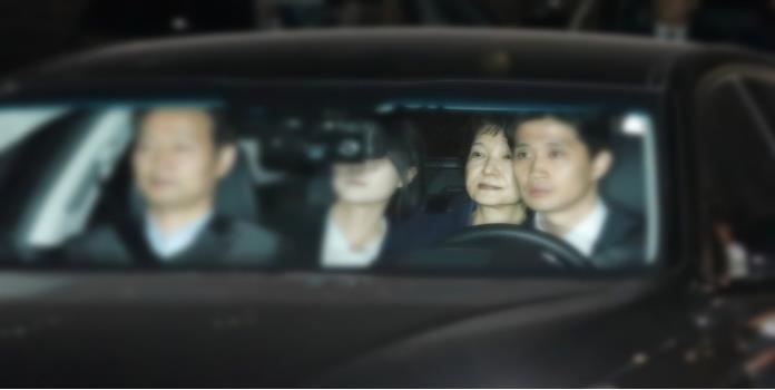 Arrestan a expresidenta de Corea del Sur por corrupción