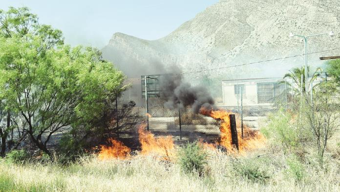 Fuerte incendio  cerca de Orica