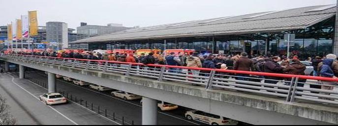 Desalojan aeropuerto por fuga de sustancia irritante