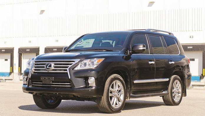 Blinda CJF autos con dinero de impuestos