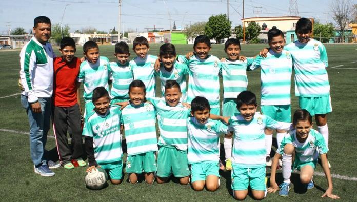 Academia Santos avanza