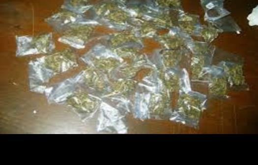 Traía 30 bolsitas de marihuana