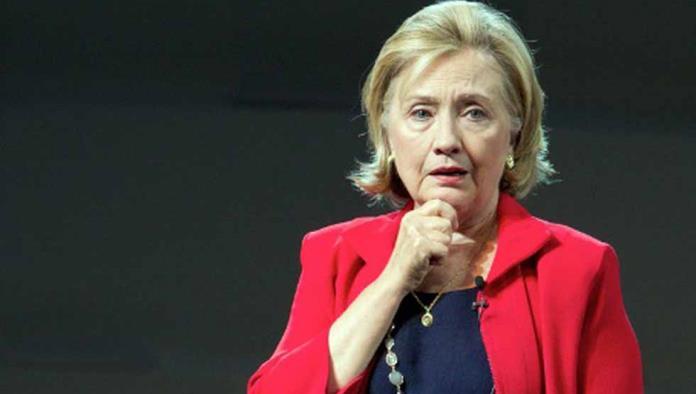 Tambalea por FBI voto para Clinton