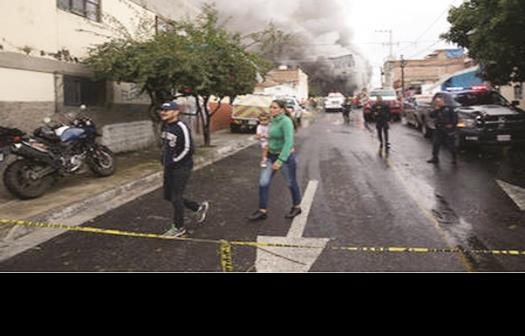 Mueren 5 niños durante incendio