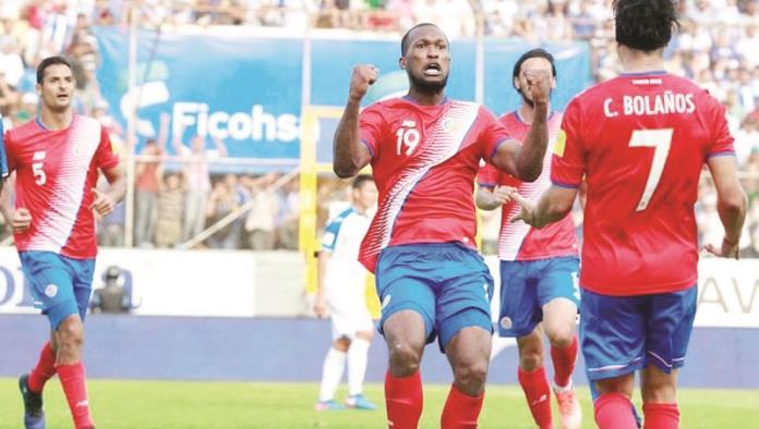 Costa Rica rescata empate