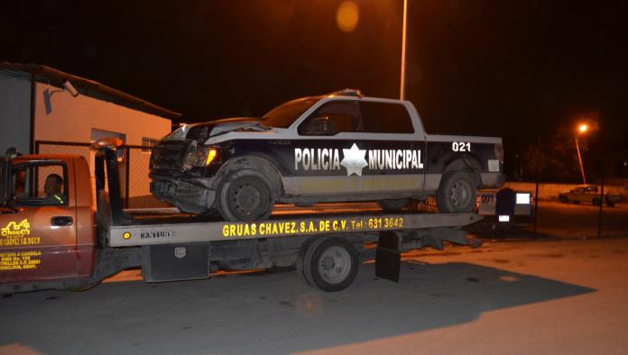Heridos policías en fuerte accidente