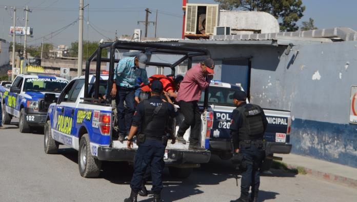 Detienen a 6 personas  en operativo 'barrido'