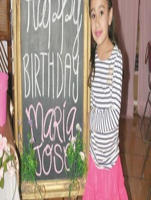 María José festeja como princesa