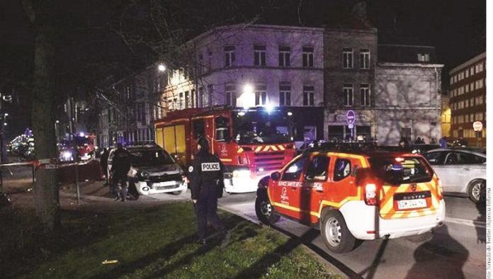 Abre fuego hombre armado en Francia