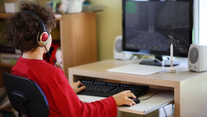 Tecnología provoca un  aislamiento en menores