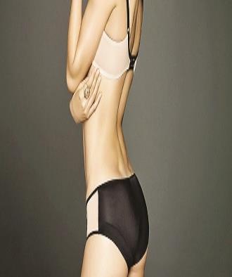 Miranda Kerr confiesa por descuido un detalle íntimo