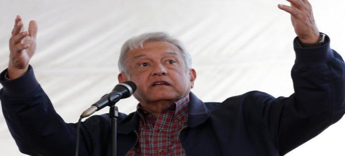 AMLO insiste: Si Peña no demanda a Trump ante la ONU, lo haré yo.