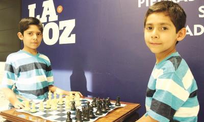 Santiago y Ernesto van por Jaque Mate