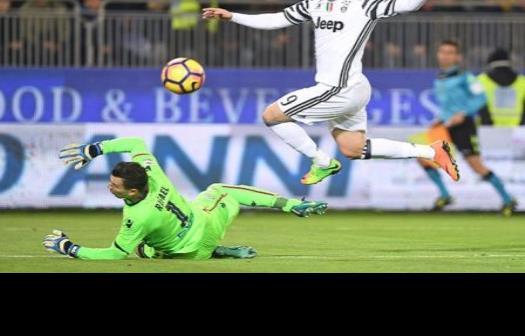Higuaín impulsa triunfo de la Juventus
