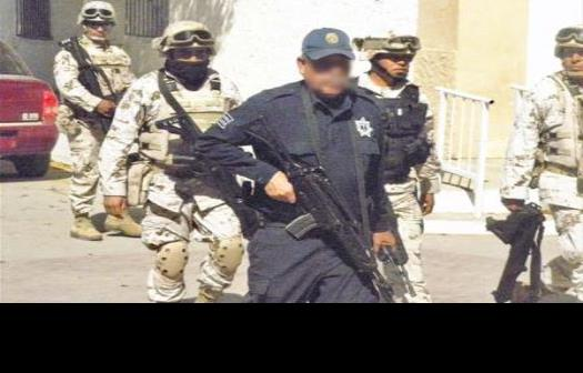 Grupo armado provoca pánico en un kínder