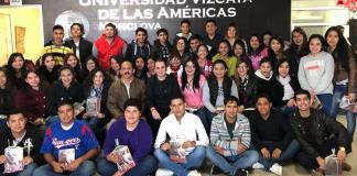 Involucran a jóvenes en política nacional