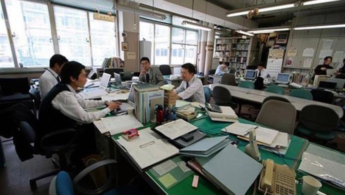 Limita Japón horas extra en trabajos