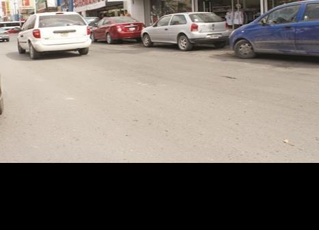 Van cuatro robos de autos en Zona Centro