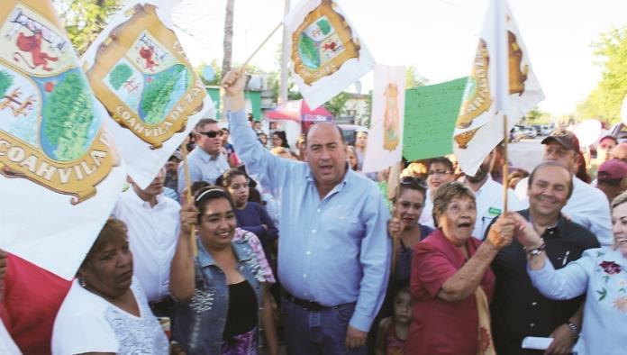 Lleva Rubén Moreira obra al sector Oriente