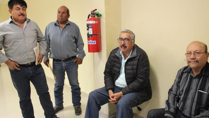 Piden taxistas renovación de concesión al Municipio