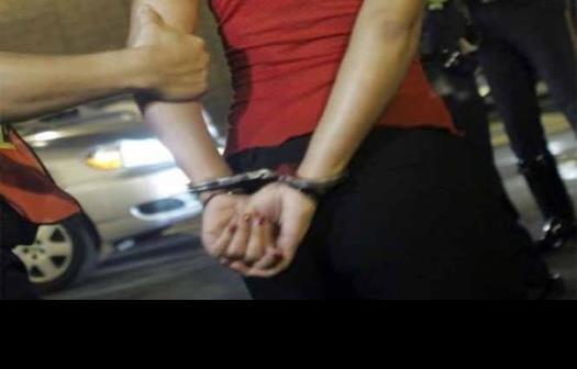 Arrestan a mexicana tras interponer una denuncia