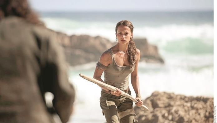 Muestran a Alicia como Lara Croft