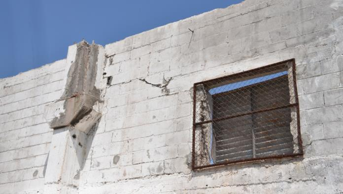 Antiguo edificio de Merco en riesgo de derrumbe