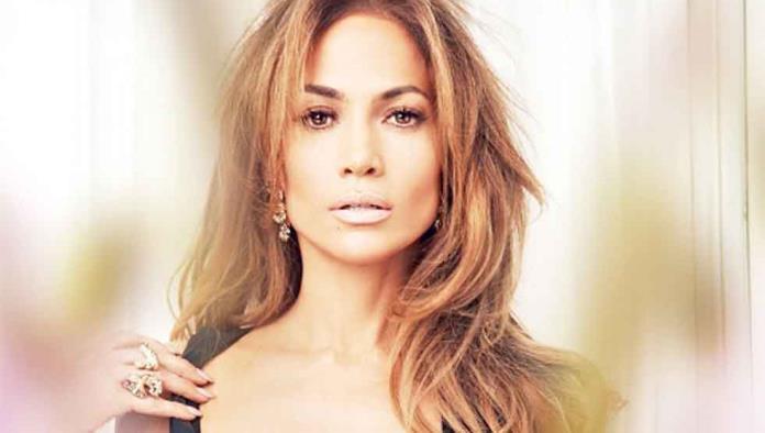 Pone Jennifer Lopez ojo en Nick Jonas