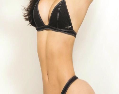 Rayssa Teixeira, la modelo que estalla en TV tras ser manoseada