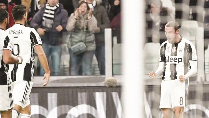 Se le aparece Dybala al Palermo