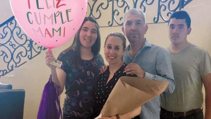 Paloma Zertuche recibió regalos en su cumpleaños
