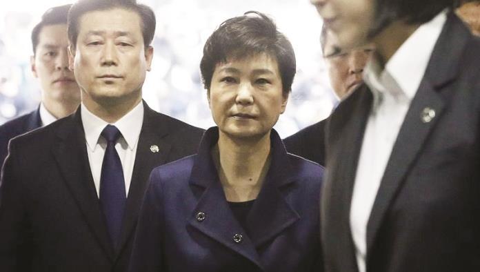 Arrestan a expresidenta surcoreana