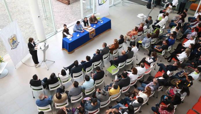 Celebra aniversario la Infoteca UA de C