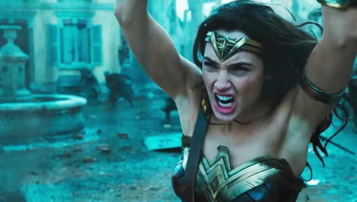 Todo mundo habla de las axilas de la Mujer Maravilla, ¿por qué?