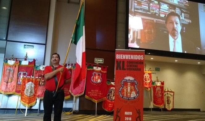 Napoleón Gómez Urrutia estuvo presente, virtualmente, en la convención minera realizada en el Hotel Hilton (Foto Twitter: @bocafloja7)