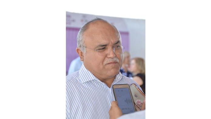 Director del Tecnológico Superior de Monclova; Raúl Sergio Farías Martínez.