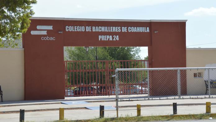 Afirman que el Colegio de Bachilleres de Coahuila Prepa 24 no discrimina a los estudiantes.