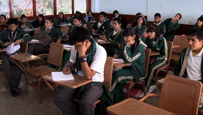 ''Las escuelas están abiertas, que no quieran asistir es otra cosa''. Juan Diego Muñoz Tovar El Director de la Zona Educativa 201.