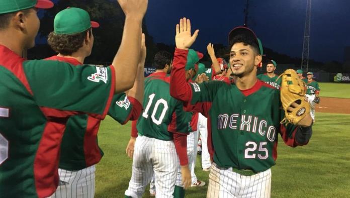 Fabricio Macías, con 20 años de edad, ya tiene experiencia en mundiales de beisbol. Foto: Especial
