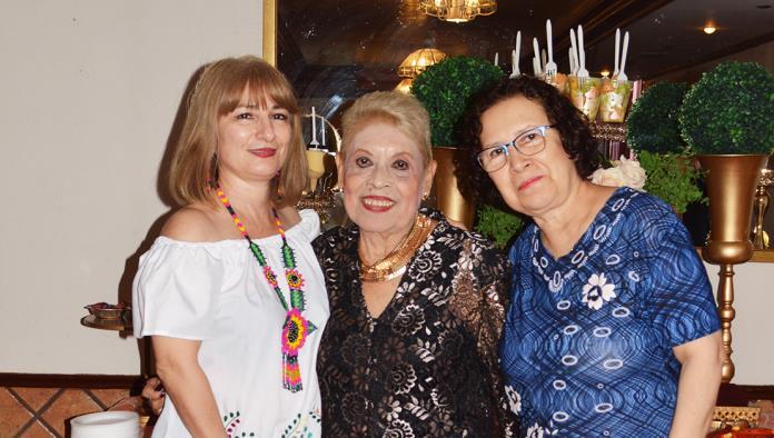 Juanita González celebra 83 años de vida