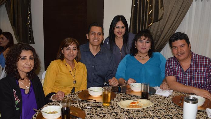 José Angel Orozco celebra 28 años de Servicio en el IMSS
